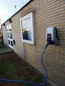Laadpaal voor elektrische auto's bedrijfspand Heemskerk